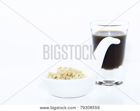 Espresso Shot With Oat Cracker