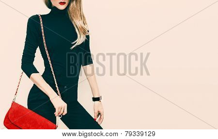 Beautiful Blond Model Classic Black Style With Red Fashionable Clutch