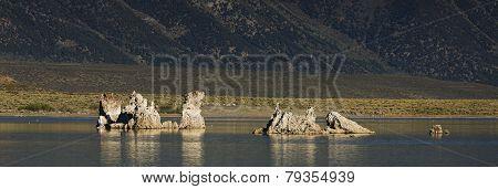 Panorama of Mono Lake Tufa.