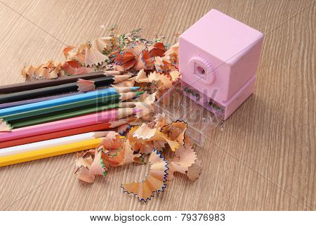 Sharpening Color Pencil