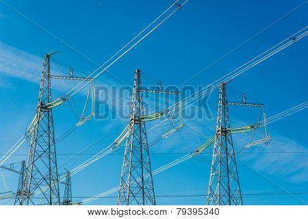 The power line.
