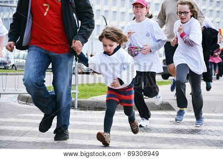 Marathon Runners Kids' Cross