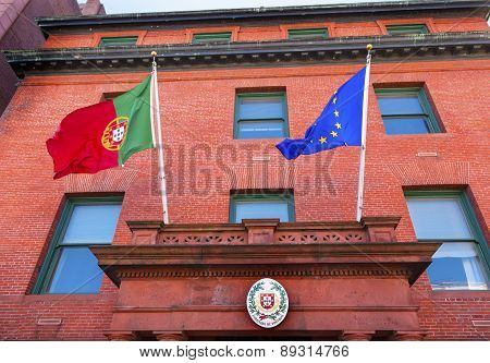 Portugal Embassy Ec Portugeuse Flags Seal Embassy Row Massachusetts Avenue Washington Dc