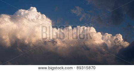 Dramatic Cloudscape Late Afternoon Sky Cumulonimbus Clouds Blue Sky