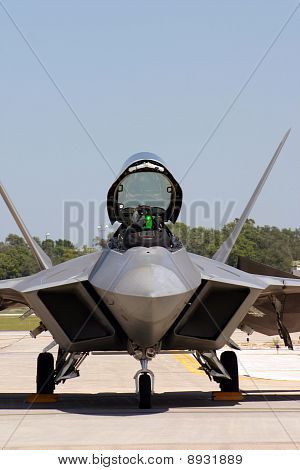 F-22 Raptor Close Up