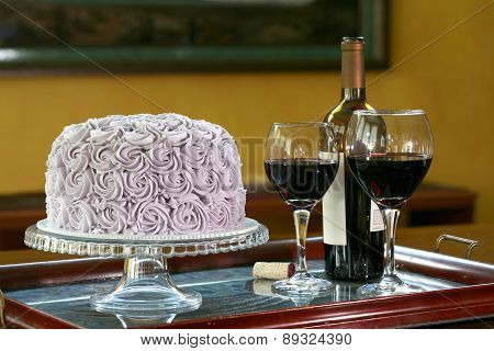 Round Chocolate cake with wine
