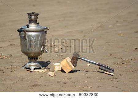 samovar and a hatchet