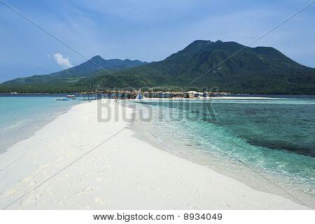 Branco praia Camiguin ilha Mindanao
