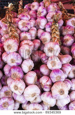 garlic, market in Nyons, Rhone-Alpes, France