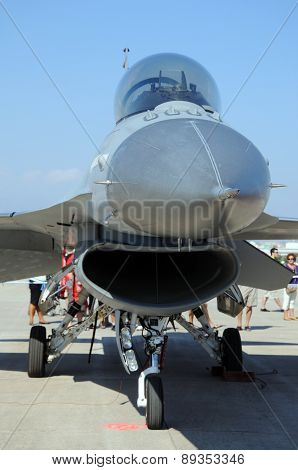 General Dynamics F-16 Fighting Falcon.