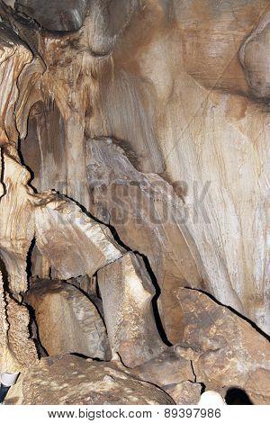 Javoricko Stalactite Cave