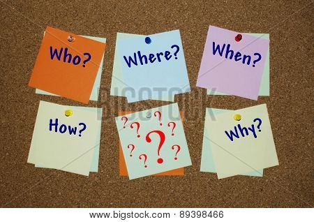 Who, where, when, how, why question on paper notes
