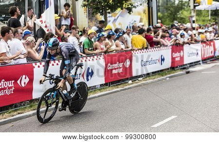 The Cyclist Luke Rowe - Tour De France 2015