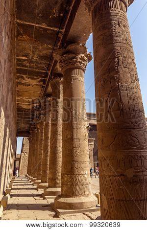 Columns Horus Edfu