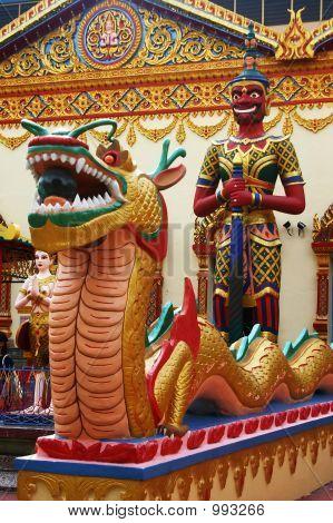 Thai-Tempel Statuen
