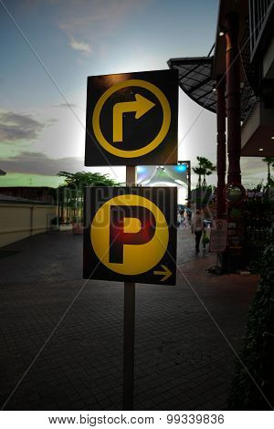 Turn Right To Car Park Signs