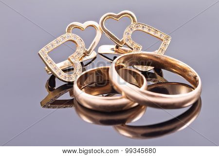 Gold Wedding Rings And Earrings