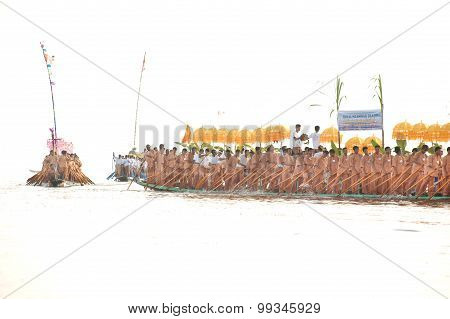 Peoples Paddle By Legs In Phaung Daw Oo Pagoda Festival,Myanmar.