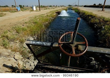 Sluice Gate, Irrigation Canal