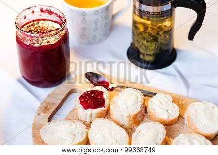 Breakfast with baguette