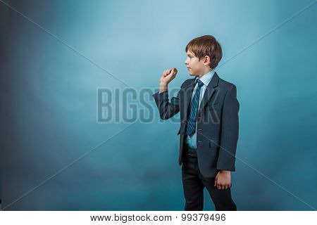 businessman teenager boy throws a dart simulation commitment ges
