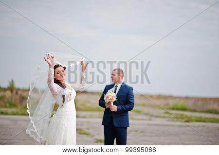 Wedding Couple Background White Sky