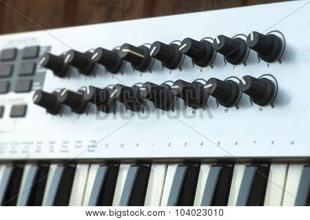 Synthesizer Controllers