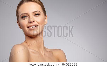 Natural Beauty Portrait. Beautiful Spa Woman . Perfect Fresh Skin.