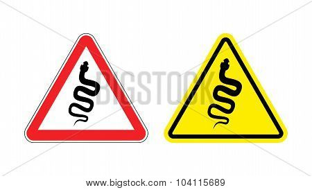 Warning Sign Of Attention Venomous Snake. Hazard Yellow Sign Reptiles. Silhouette Of The Cobra On  R