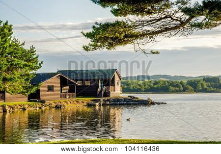 Holiday lodges by a lake