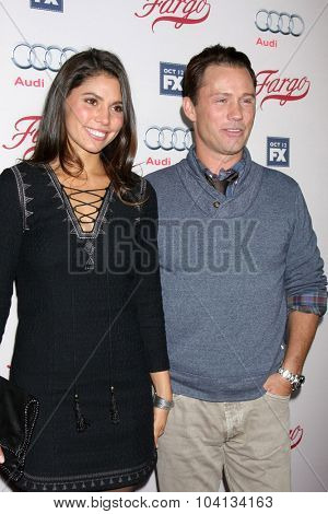 LOS ANGELES - OCT 7:  Jeffrey Donovan, wife at the