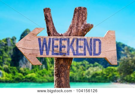 Weekend arrow with beach background