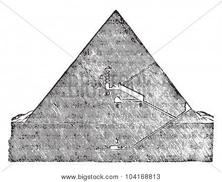 Cutting the Great Pyramid of Memphis, vintage engraved illustration. Industrial encyclopedia E.-O. Lami - 1875.