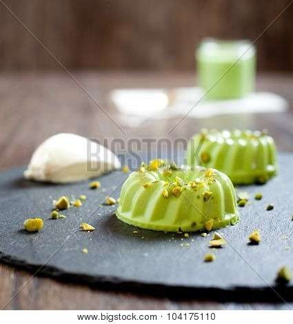 Pistachio and condensed milk panna cotta dessert