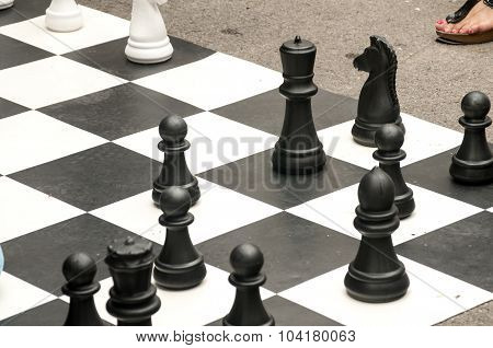 Big chess pieces for street chess
