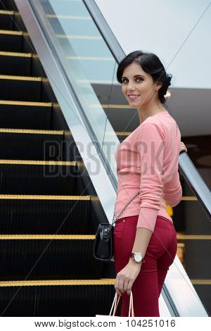 woman going shopping in a mall