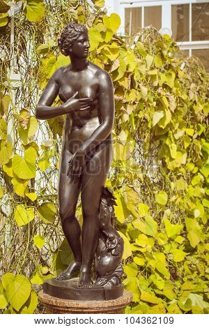 Sculpture of a naked woman near Chinese Palace Oranienbaum