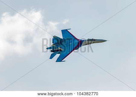Russian fighter SU-27 flies