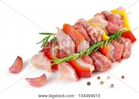 meat skewers garlic and peppercorns