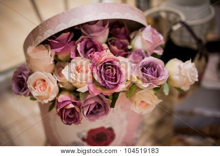 Bouquet Of Beautiful Pink Roses In Box