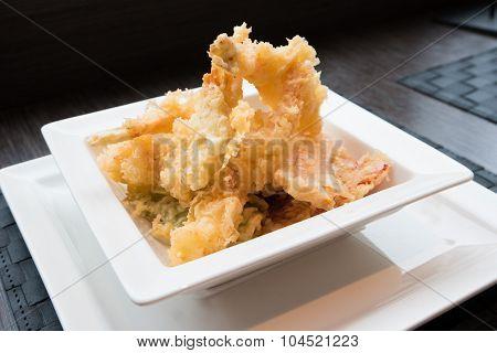 Japanese Cuisine - Tempura Shrimps (Deep Fried Shrimps)