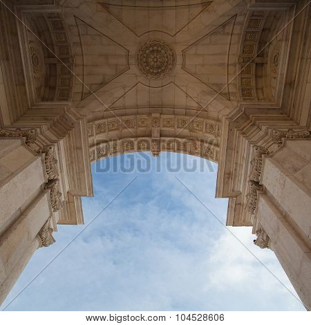 The Rua Augusta Arch In Lisbon. Here Are The Sculptures Made Of Celestin Anatole Calmels And Victor