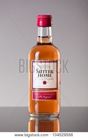 MIAMI, FLORIDA Jan. 14, 2015: Bottle of Sutter Home White Zinfandel Wine.
