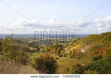 Vale Of York Viewed From Thixendale In Autumn