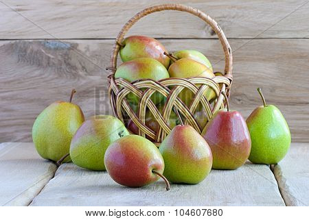 Group Pears On Wooden Boards