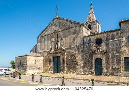 Church Notre Dame Of Arles