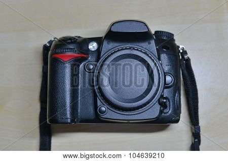 Digital DSLR camera without lens. Isolated body