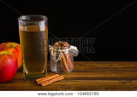 Apple Cider With Cinnamon Background / Apple Cider / Apple Cider With Cinnamon On Black Background