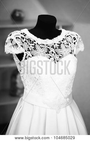 One Wedding Dress