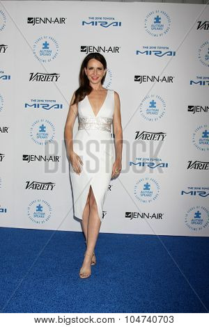 LOS ANGELES - OCT 8:  Janie Bryant at the Autism Speaks Celebrity Chef Gala at the Barker Hanger on October 8, 2015 in Santa Monica, CA